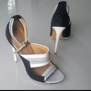 L.A.M.B. Black,White and Gray Sandals🔥🔥